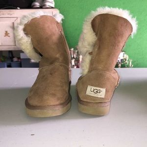 Bailey Button UGG boots, women's size 5
